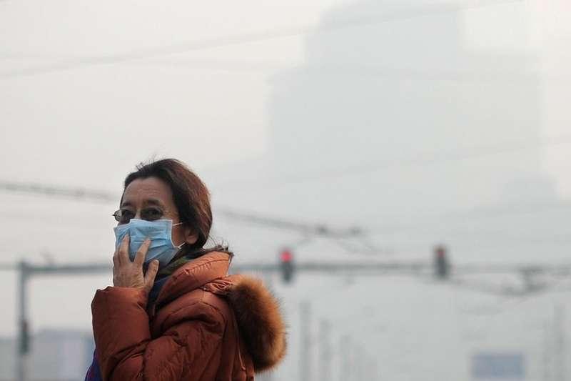 噴水、塞棉紗……中國地方官員逃避空氣監測有奇招。(BBC中文網)