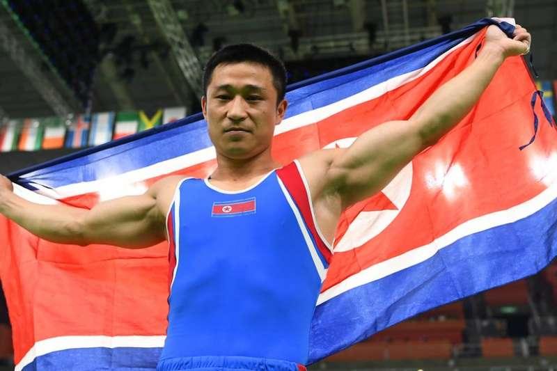 北韓體操選手李世光在2016里約奧運奪為金牌。(BBC中文網)