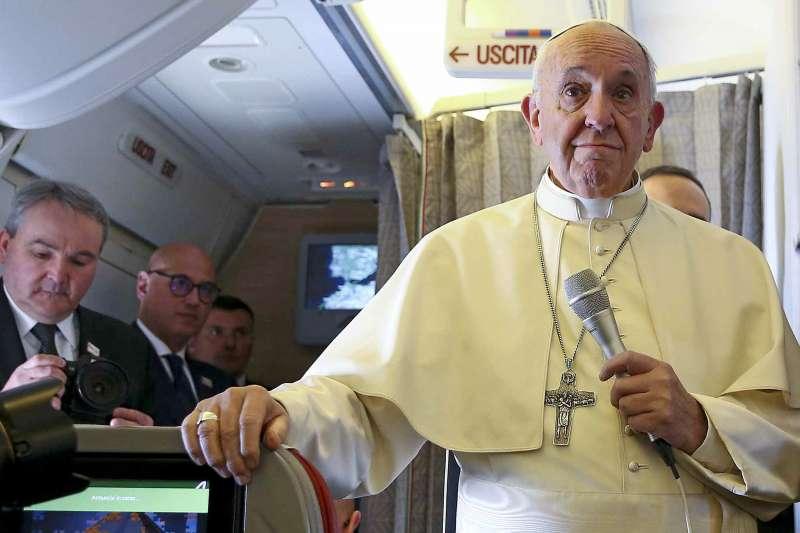 天主教教宗方濟各訪問智利與秘魯,卻未安排造訪就在旁邊的家鄉阿根廷(AP)