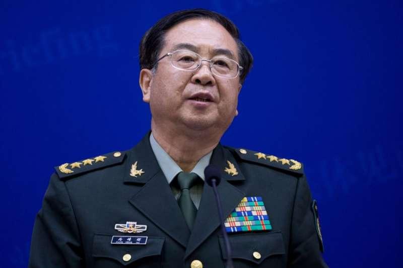 2013年4月22日,中國軍隊總參謀長房峰輝在國防部的媒體見面會上講話。(美國之音)