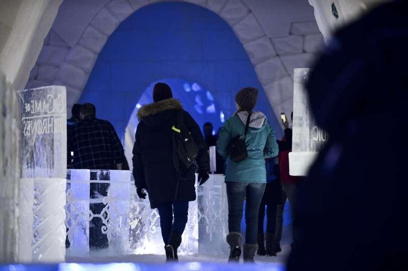 北歐芬蘭的冰天雪地中,出現一家以《冰與火之歌:權力遊戲》為主題的旅館(AP)