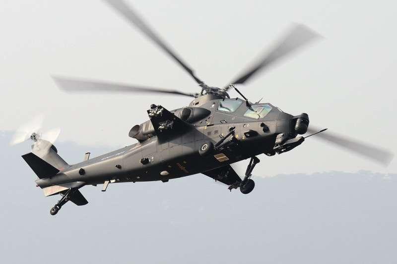 20180120-中國人民解放軍中型武裝直升機武直-10。(取自Shimin Gu@Wikipedia)