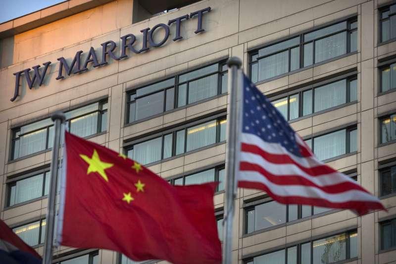 國際連鎖飯店「萬豪酒店」(Marriott)日前將台灣列為「國家」,掀起中國網友怒火與官媒撻伐,還引發一連串後續效應(AP)