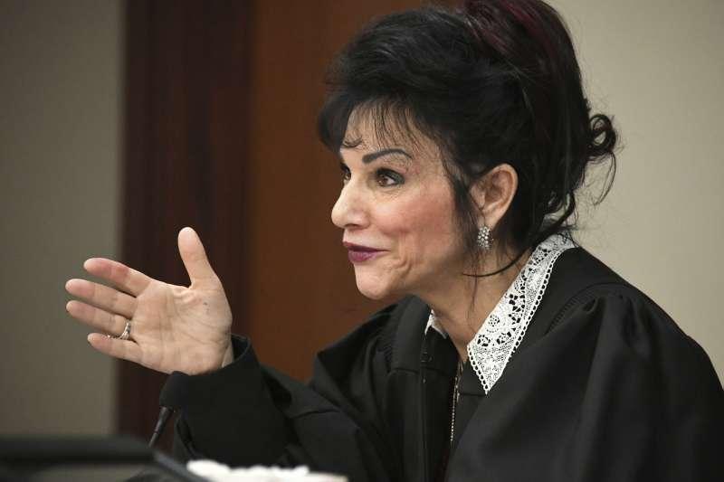 審理納薩爾性侵案的法官亞奎利那表示,受害人的控訴不再被消音,讓她們出庭發言(AP)