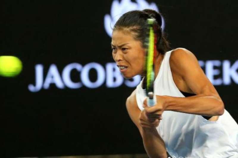 謝淑薇雖然近期賽事因為頻繁出賽體能下降而皆遭到淘汰,不過9月在日本公開賽的好球也入圍WTA好球榜。(圖/澎湃新聞)