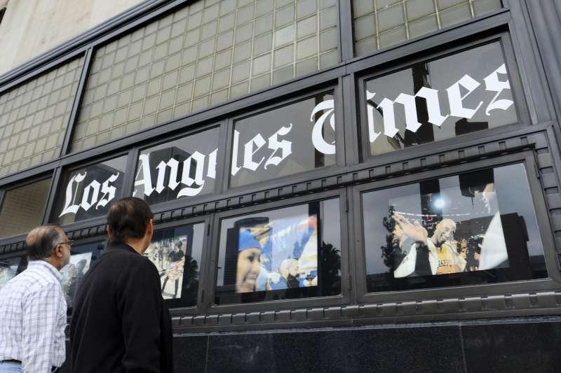 《洛杉磯時報》高層想招募寫手,引發編輯部強烈反彈(AP)