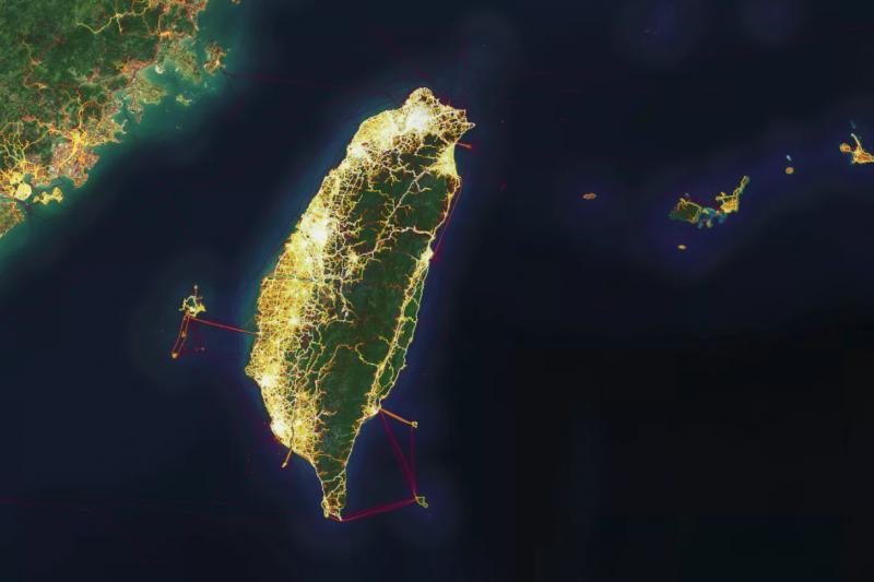 運動紀錄追蹤App「Strava」讓隱藏的軍事地點曝光,引發國安隱憂(翻攝Strava官網)