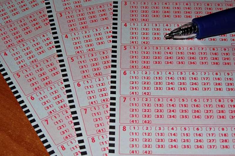 瘋狂買彩券來還債,結果可能是一場空。(示意圖/krzys16@pixabay)