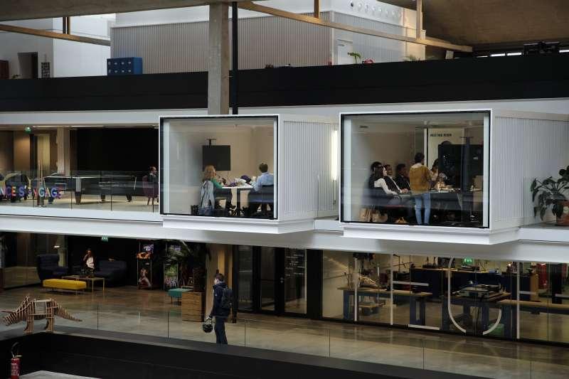 「Station F」可容納1000家新創公司與逾3500人(AP)