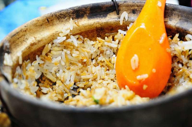 微微金黃色的鍋巴,其實很健康!(圖/peter cheng@Flickr)