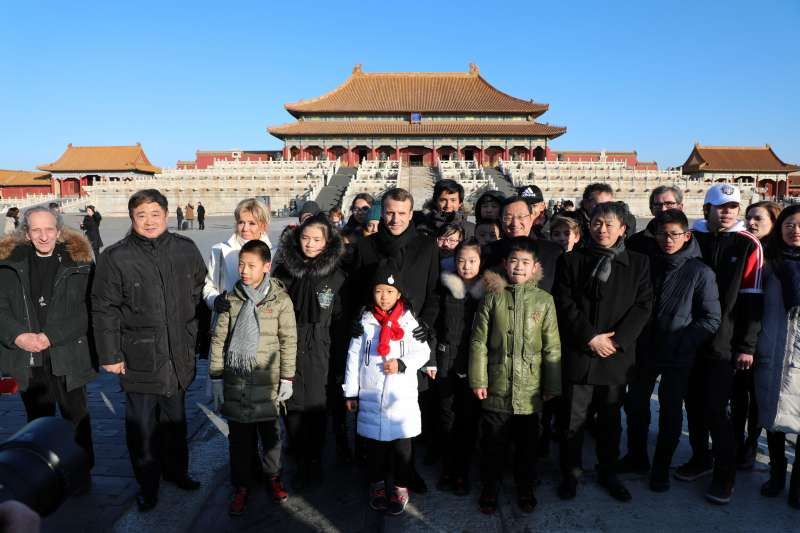 法國總統馬克宏參觀故宮博物院(新華社)