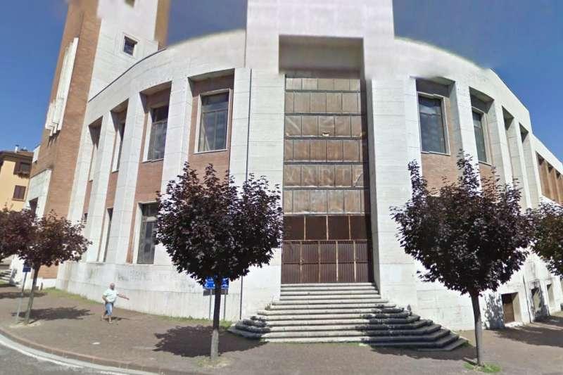墨索里尼的故鄉義大利皮雷達皮奧(Predappio)誠為納粹聖殿,鎮長希望將這棟建築改建成法西斯博物館。(Google Map)