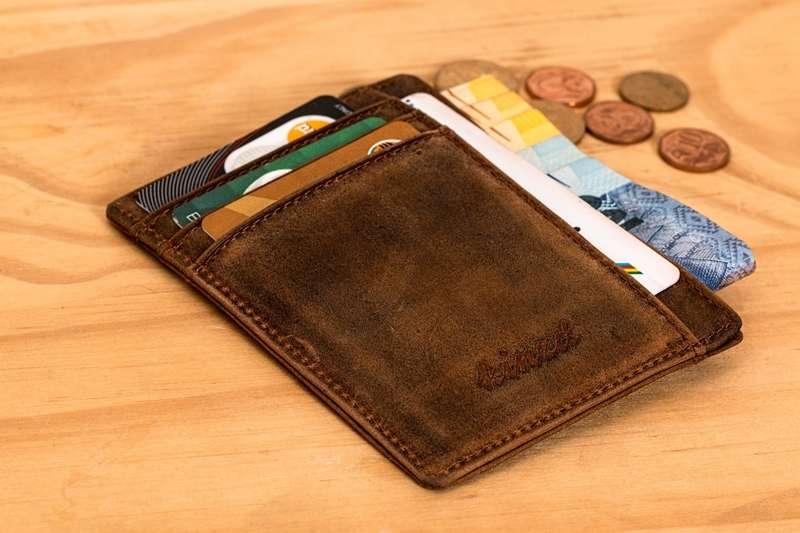有錢人都用什麼樣的錢包呢?(圖/Pixabay)