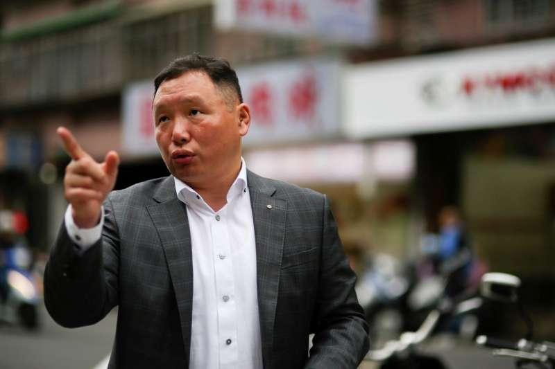 新北市議會議員特助陳汪全,認為社區環境中的停車問題,其實也將影響著居住安全。(圖/風傳媒)