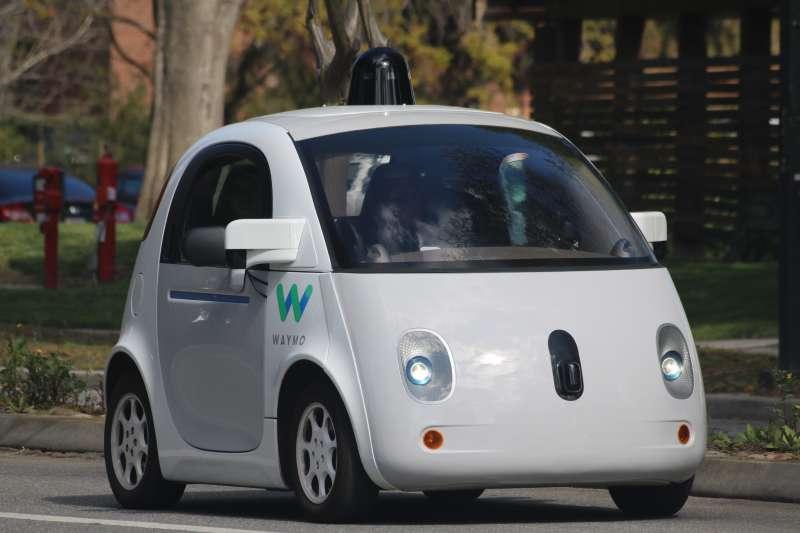 Google自駕車Waymo已經達到第四級自動操作,無須任何人在車子裡。(美聯社)