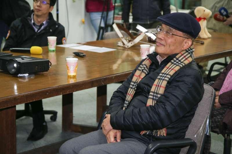 20180206-前行政院長蘇貞昌參觀新莊惠光導盲犬學校,受訪時,對於是否投入新北市長選戰,並未把話說死。。(陳明仁攝)