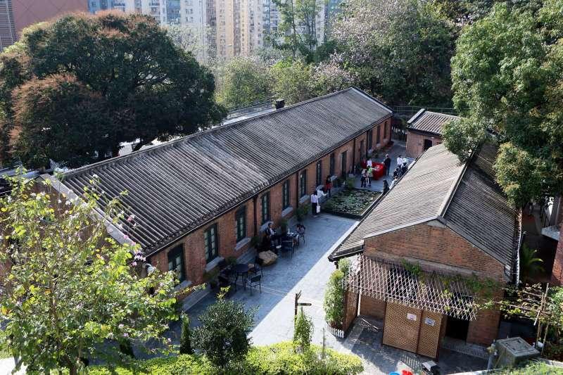 遊客在饒宗頤文化館參觀(新華社)