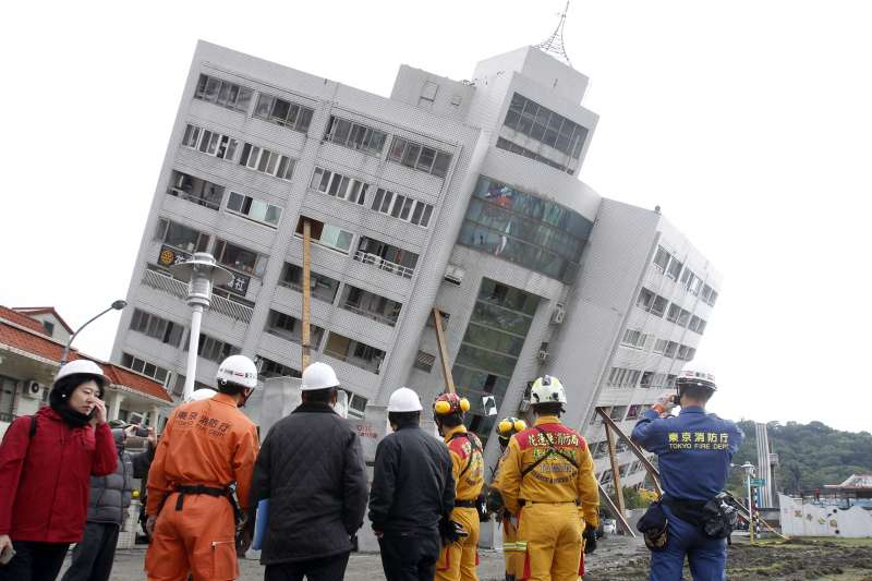花蓮地震造成17人罹難,也嚴重影響花蓮觀光,花蓮6公會發表聯合聲明,希望不要再有地震謠言危言聳聽。(資料照,AP)