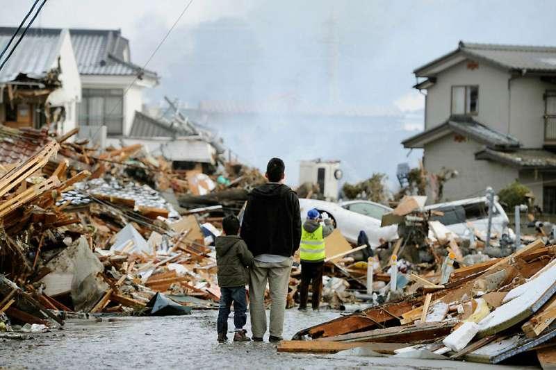 日本與台灣同樣落在活動斷層帶,也多次因地震造成重大災害,從保險法率與經濟學觀點出發,台、日兩國可能可以共同研擬一個跨境的地震保險公司,達到分散風險以及強化社會保障的目的。(Mark Bric Display@flickr)