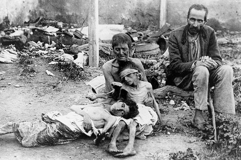 1921年舉世聞名的強大國家蘇俄,曾經發生規模超乎想像的大饑荒。(圖/言人文化提供)