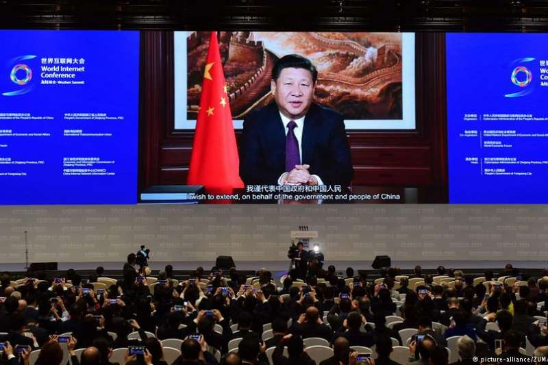 「網路沙皇」魯煒獲得「最狠判詞」。時評人長平認為,判詞本身就是習近平新時代中國特色社會主義思想的重要成果,是未來中國輿論宣傳的風向標。(DW)