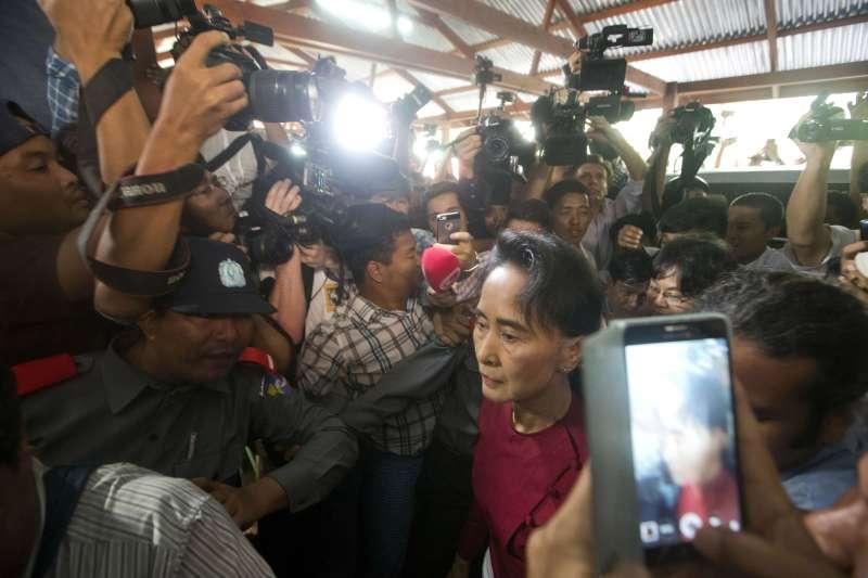 緬甸軍方屠殺羅興亞人,緬甸實質領導人翁山蘇姬卻毫無作為(AP)