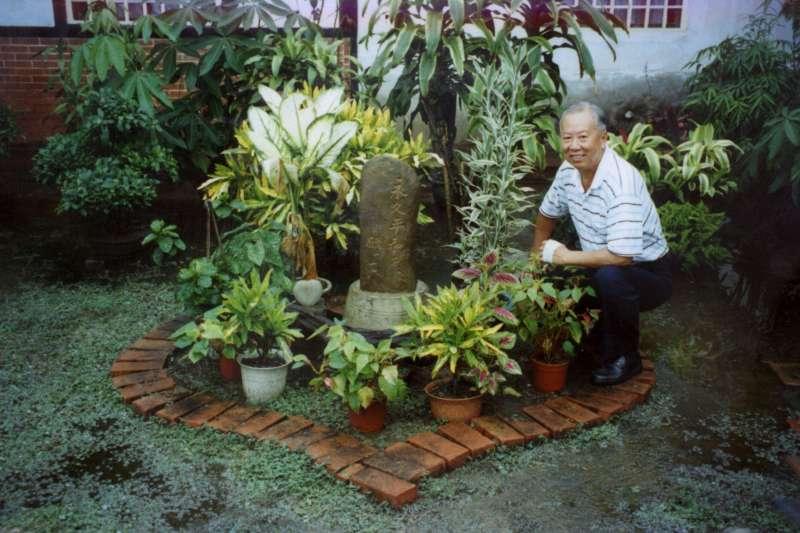 作者說,自己已逐漸懂得植物的寬大與美好,如何能補充並洗滌我日日殘缺損耗的心靈。(資料照,康豹攝、研之有物提供)