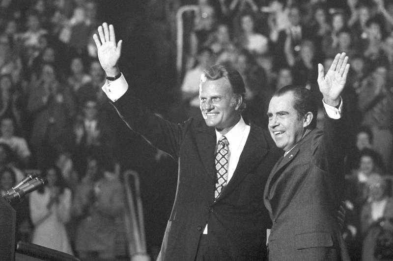 葛理翰與美國前總統尼克森(Richard Nixon )。(美聯社)