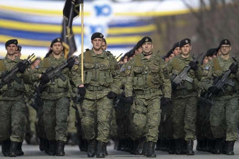 2018年2月17日,科索沃慶祝獨立10周年(AP)