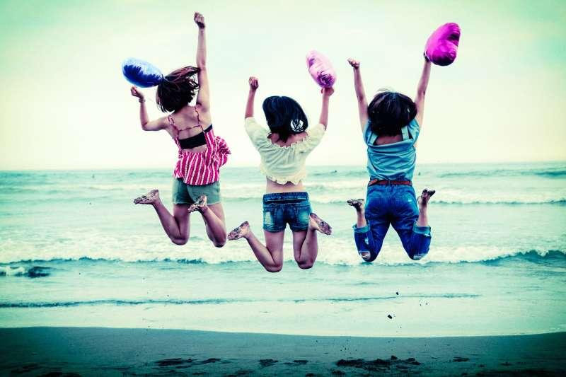 許多人類重要的快樂是普世皆然的,但是它們不具備生物的適應性,而是人類為了其他目的從心智系統發展出來的副產品。(取自Pakutaso)