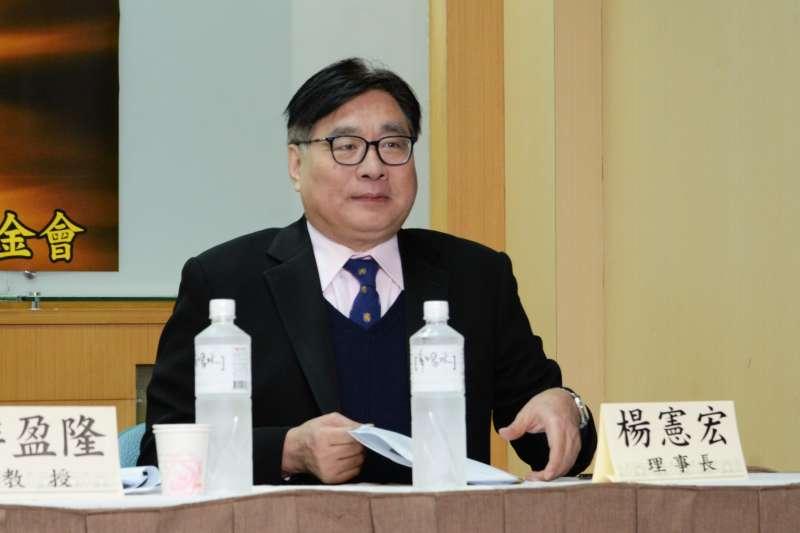 20180228-台灣民意基金會民調發表會,資深媒體人楊憲宏。(甘岱民攝)