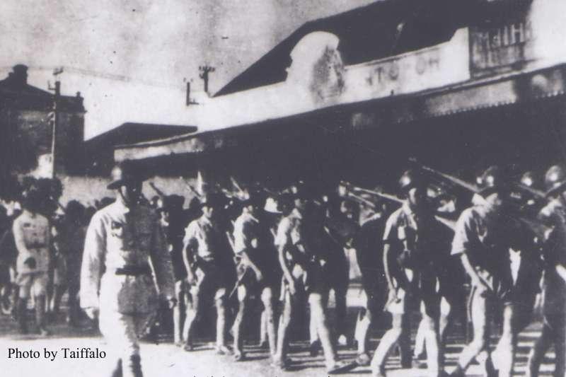 1945年蔣介石的軍隊進入越南河內。(圖/ Nam Quốc Văn|想想論壇提供)