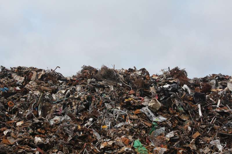 台灣兩千三百萬個人口數,每年每人至少還是會產生近 20 公斤的垃圾量!(圖/馬頭山監督委員會提供)