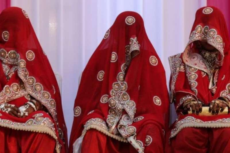 馬來西亞法律目前容許穆斯林男子娶多於一名妻子。(BBC中文網)