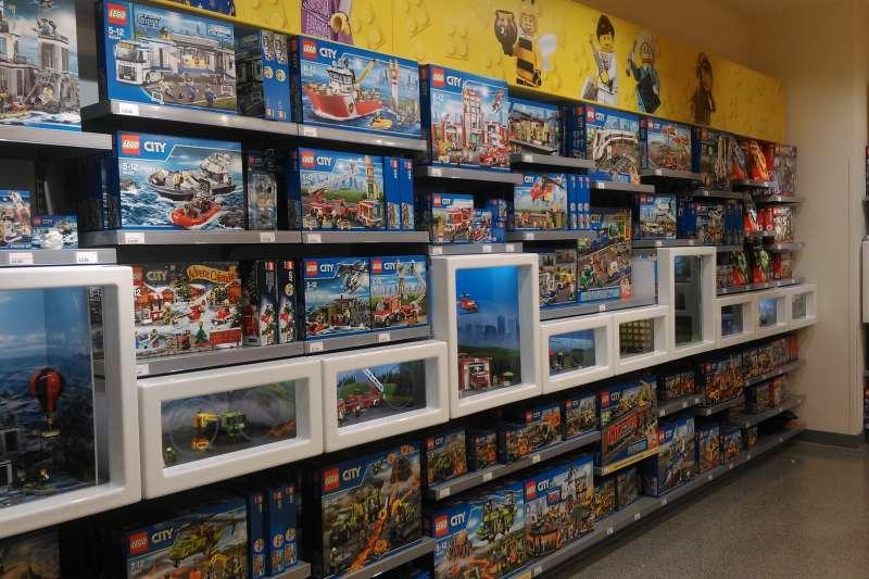 深受全球無數大小朋友喜愛的樂高(LEGO)積木(Simeon87@Wikipedia / CC BY-SA 4.0)