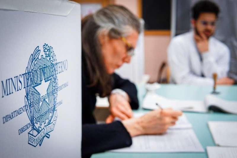 義大利4日舉行國會大選。(美聯社)