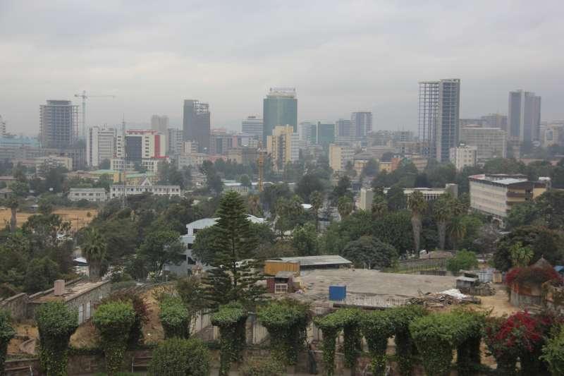 衣索比亞首都阿迪斯阿貝巴的輕軌系統,中國製造(Laika ac@Wikipedia/ CC BY-SA 2.0)