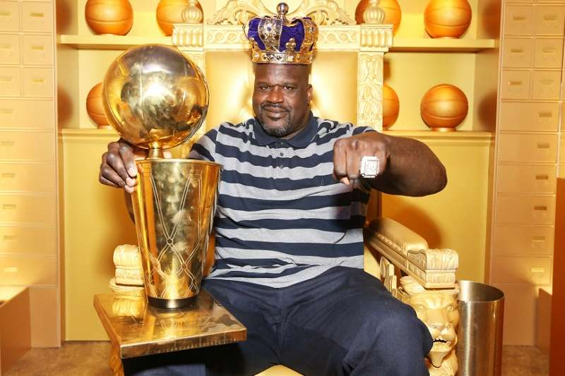 歐尼爾坐擁冠軍獎盃和戒指,如今自己的千萬豪宅也要賣出。(截圖歐尼爾推特)
