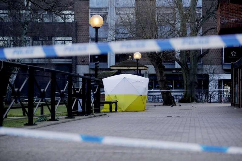 前俄羅斯間諜克里帕爾4日被發現倒臥在英國小鎮的長凳上,英國警方7日表示,克里帕爾身中神經毒劑。(AP)