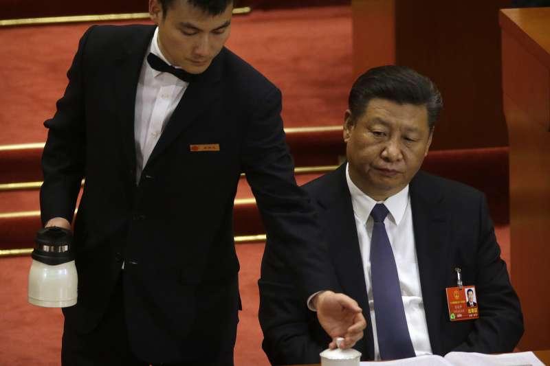 2018年3月11日,中國第十三屆全國人大一次會議表決通過包括取消國家主席任期在內的修憲案,習近平權勢如日中天(AP)