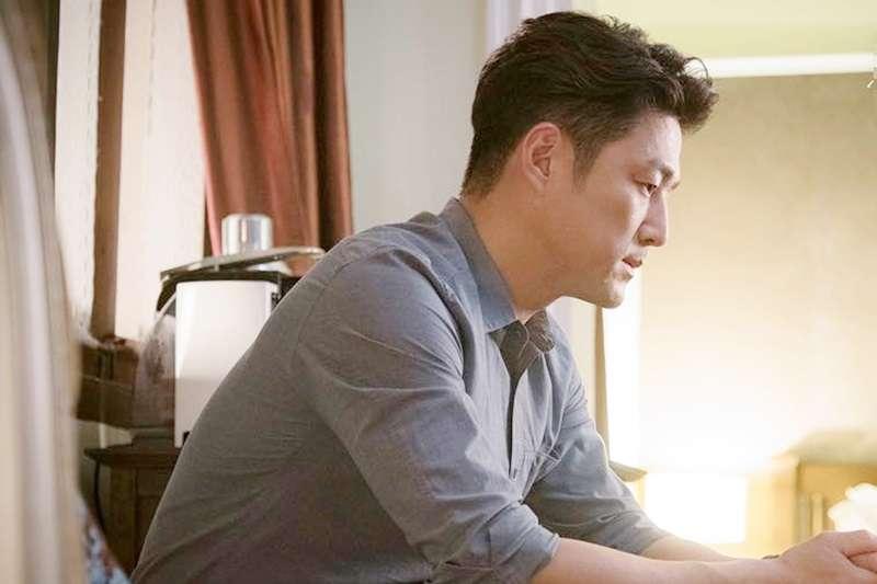 明明圓房沒成功過,卻當了老爸…到底是怎麼回事呢?(示意圖/JTBC Drama@facebook)