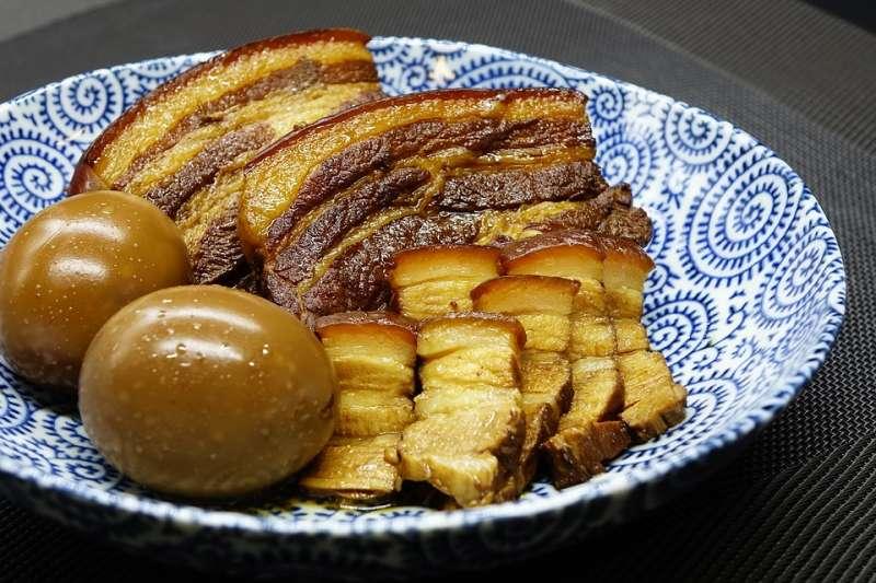 滷味要做得完美,不是件小事!資深美食記者王瑞瑤分享家傳秘訣,教你滷出油亮飄香的誘人滷味。(圖/pixabay)