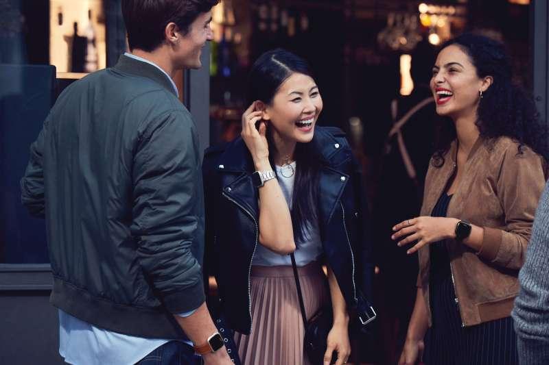 Fitbit推出眾人皆宜的智慧手錶Fitbit Versa(圖/Fitbit提供)