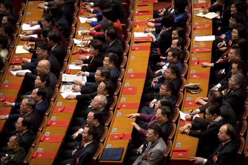 中國召開人大及政協兩會,且有「台灣省代表團」出席人大會議(AP)