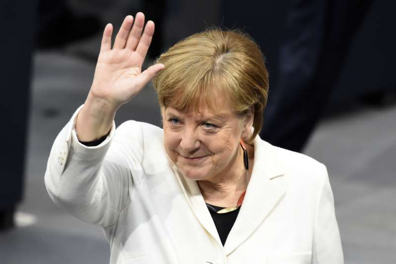 德國總理梅克爾4連任(AP)