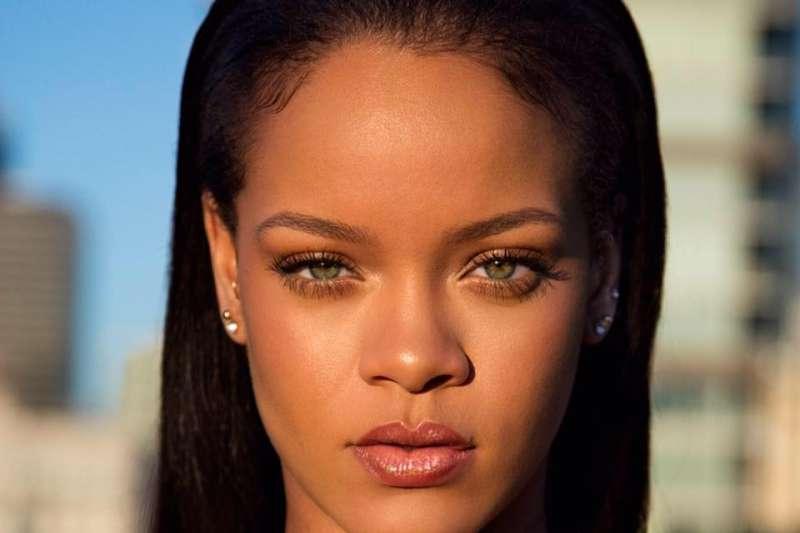 樂壇天后蕾哈娜(Rihanna)。(取自臉書)