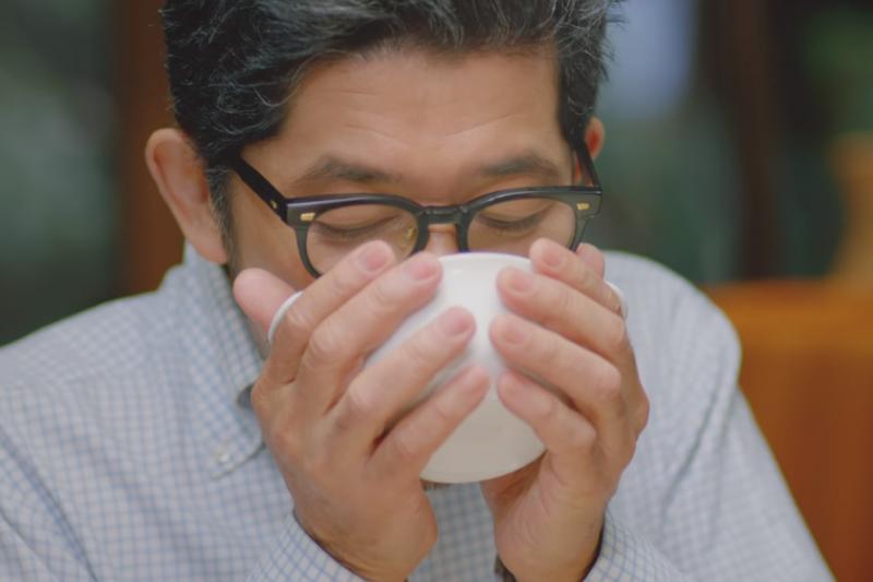 晚上喝蛋花湯不僅對大腦有益,還具有美容效果。(示意圖非本人/翻攝自youtube)