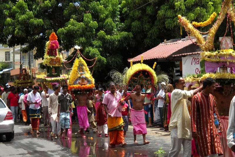 模里西斯的印度教祭典(carrotmadman6@Wikipedia / CC BY 2.0)