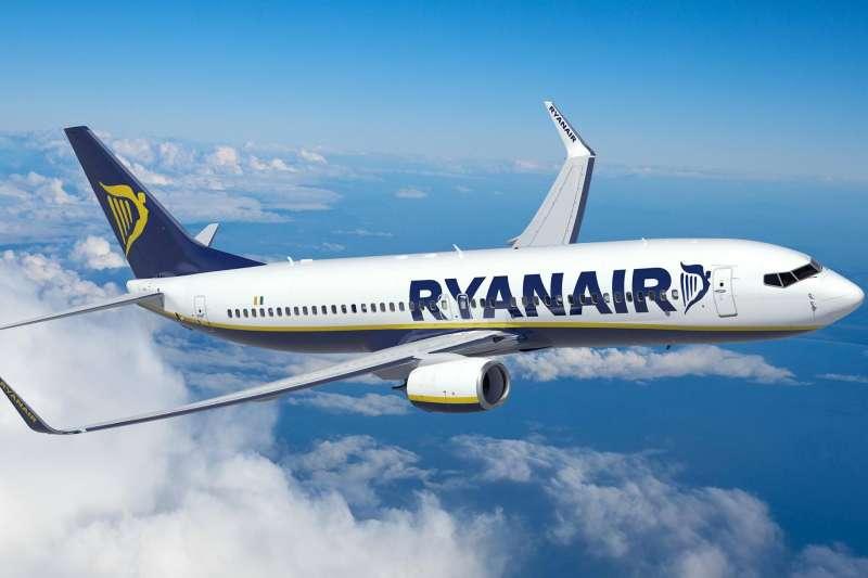 歐洲廉價航空大解密!不管你是出國旅遊、出差工作,還是去打工度假,一張機票飛歐洲,讓你不再猶豫害怕!(圖/Ryanair@facebook)