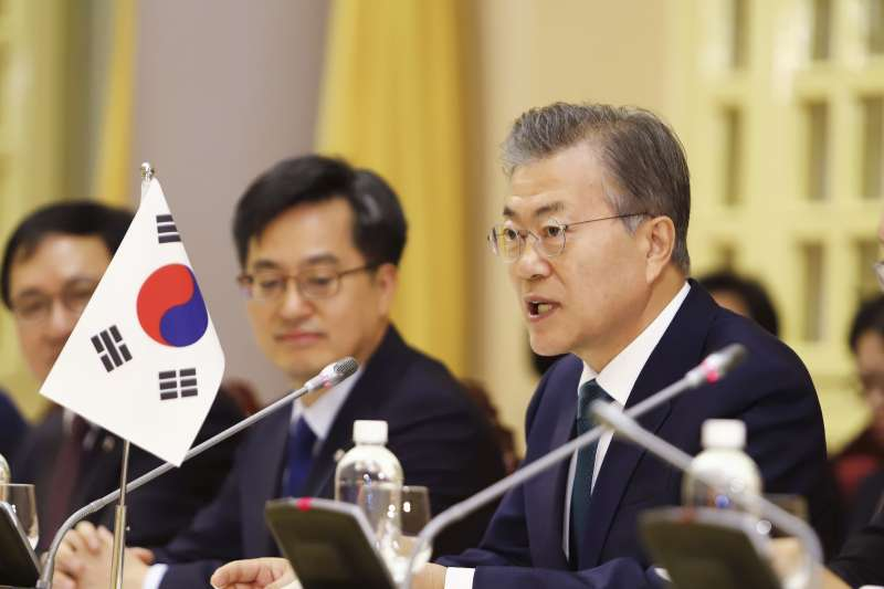 2018年3月,南韓總統文在寅對越南進行國是訪問(AP)